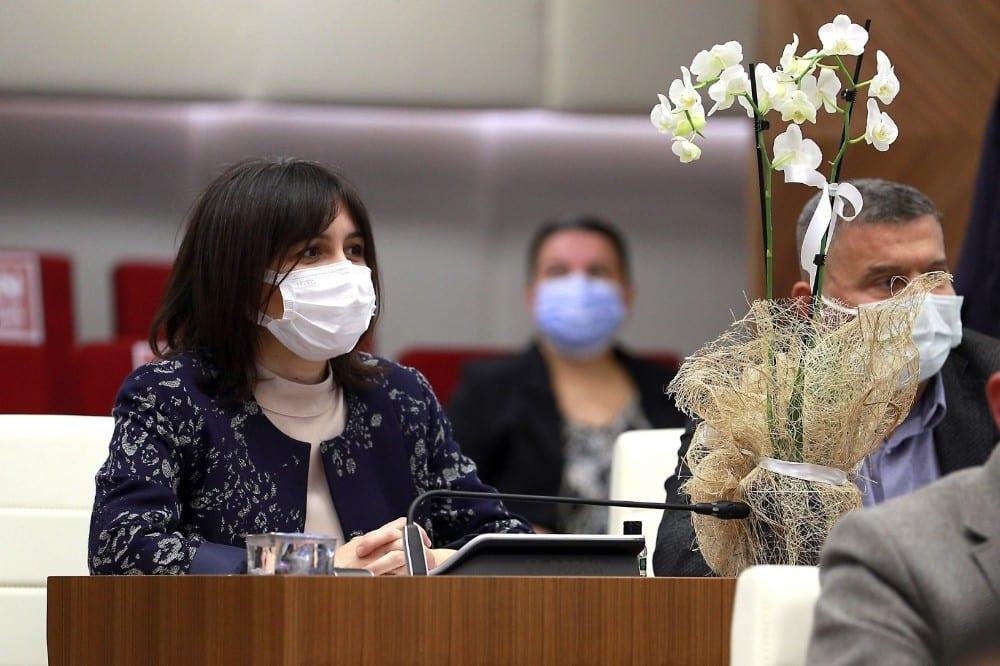 baskan bocekten kadin meclis uyelerine orkide 0 7nTBtHLT