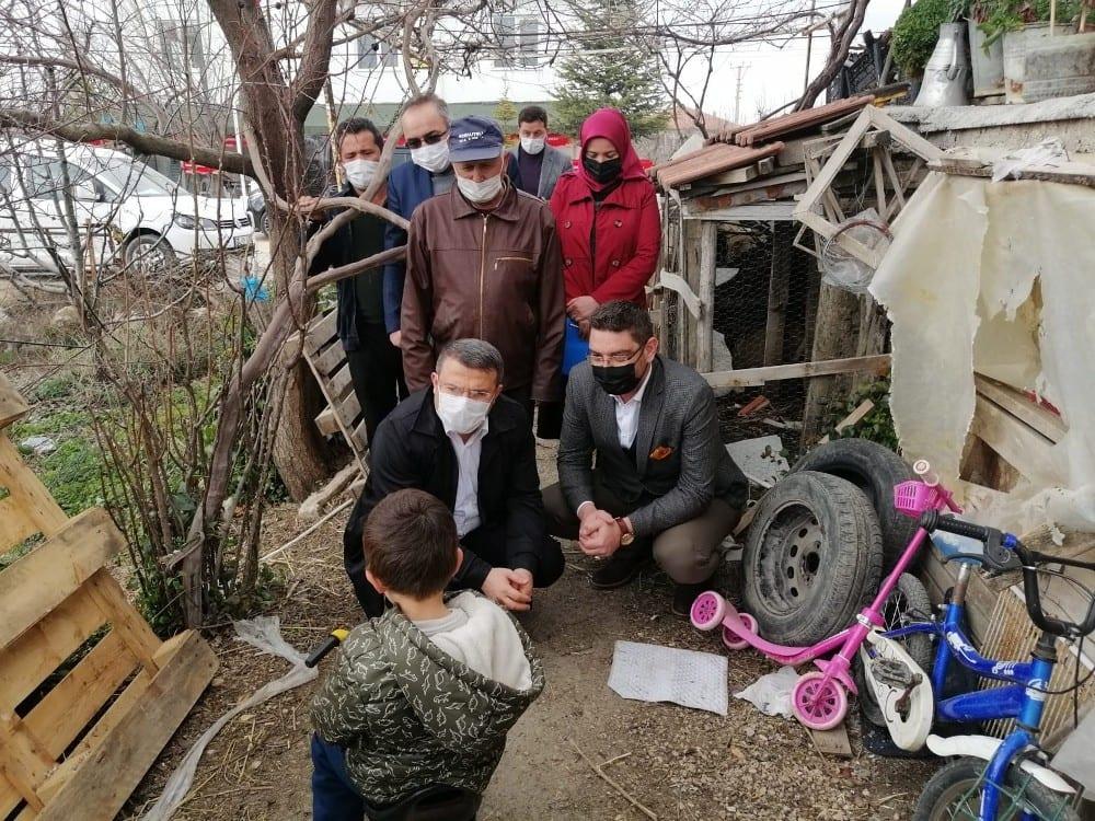 kaymakamliktan evi yanan ve hayvanlari telef olan ailelere 65 bin liralik destek 3