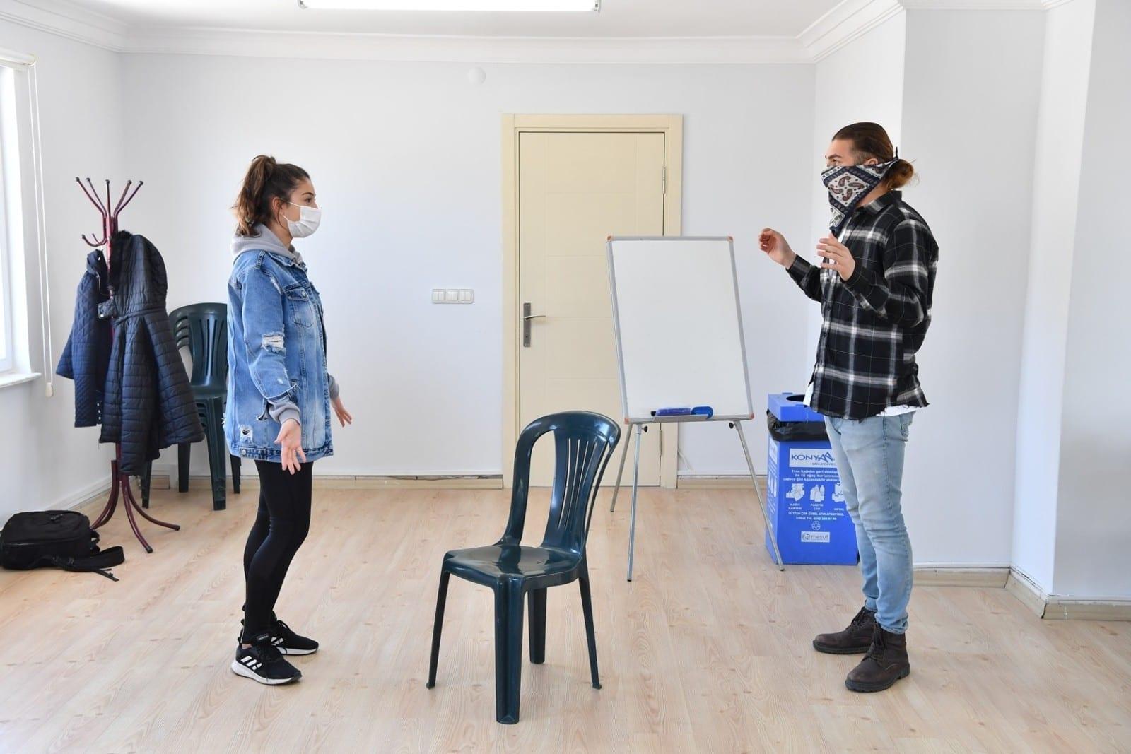 konyaalti belediyesinden ucretsiz tiyatro egitimi 0 ikdNdnlO