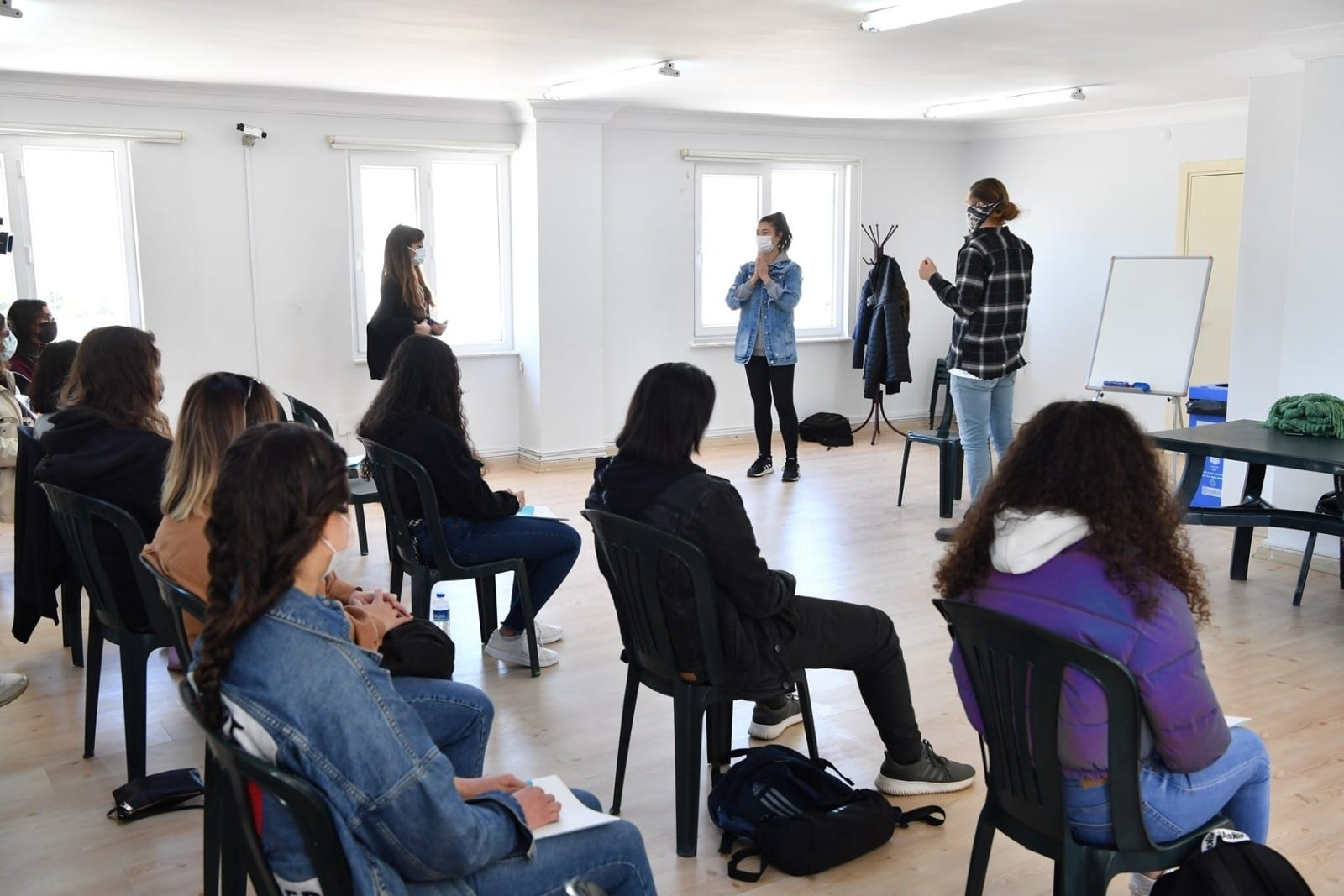 konyaalti belediyesinden ucretsiz tiyatro egitimi 1 NahHdgin