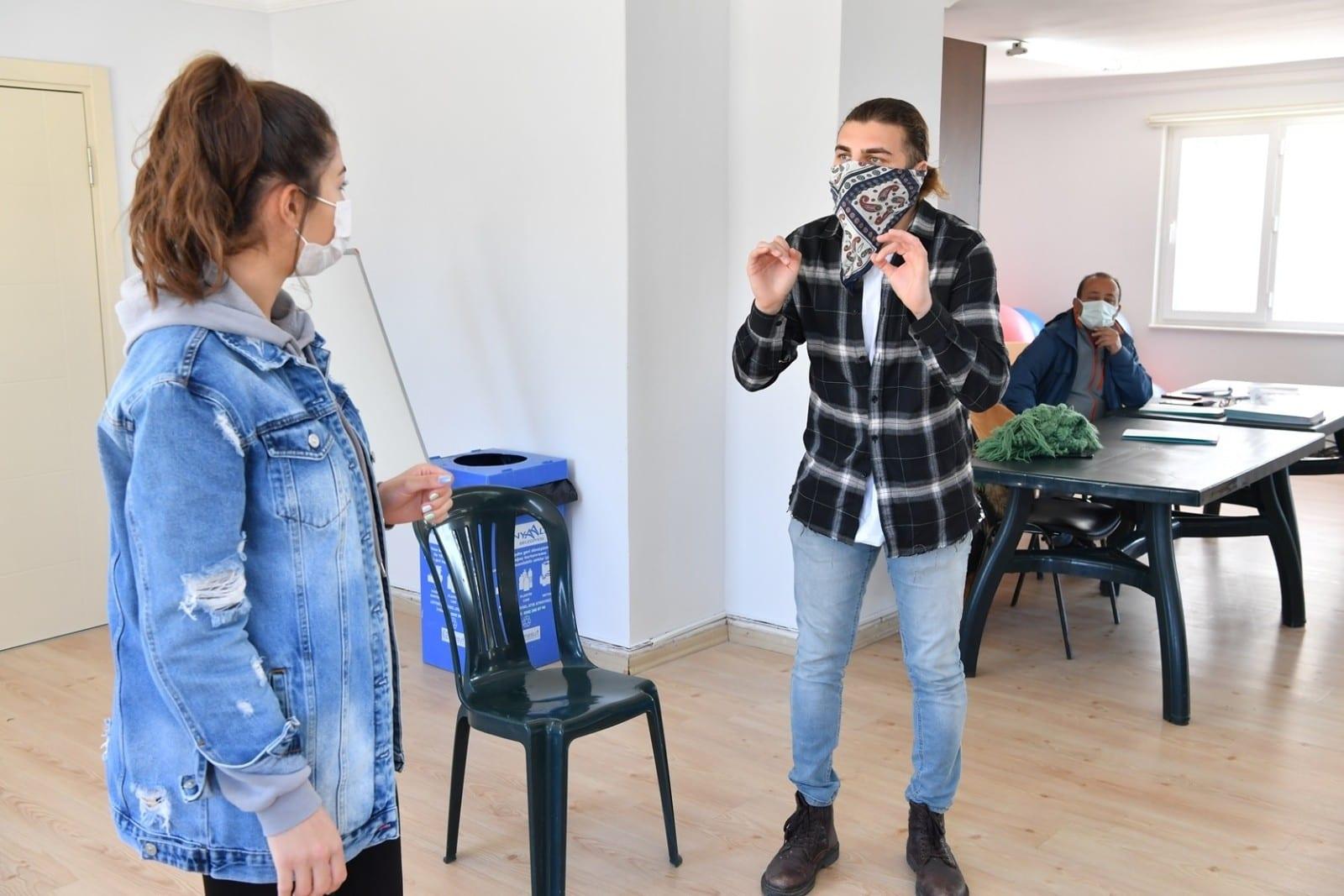 konyaalti belediyesinden ucretsiz tiyatro egitimi 2 GkhsTBDJ