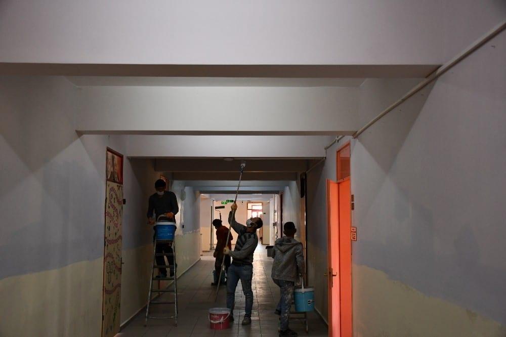 konyaaltinda okullar yenileniyor 2 CEvuDZET