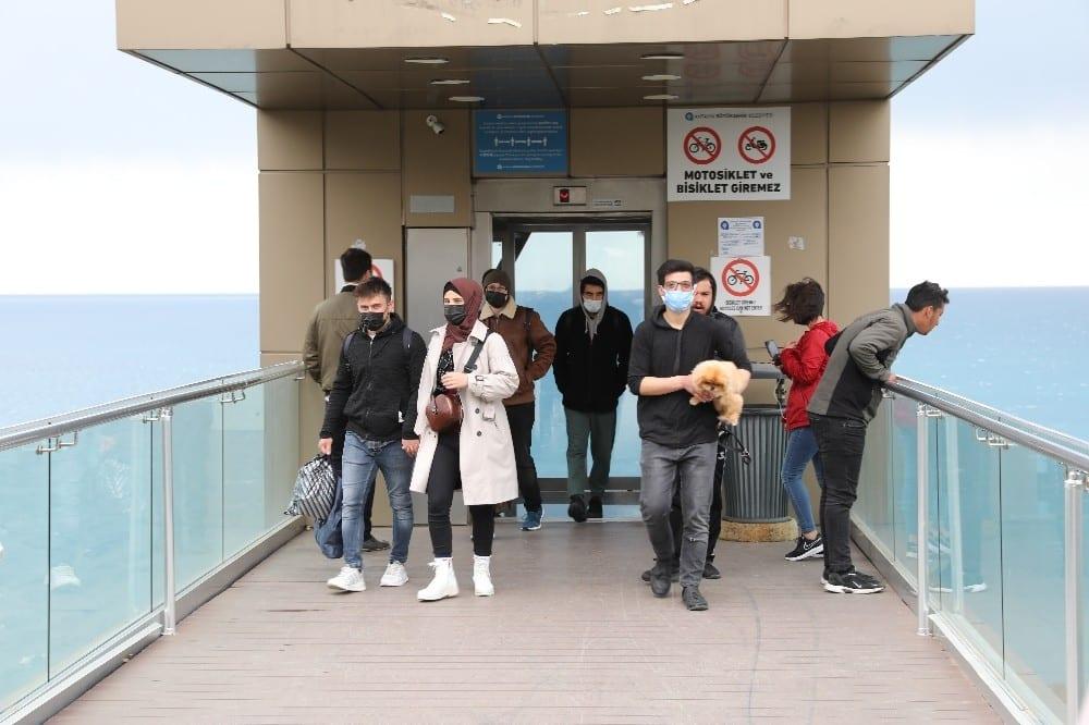 panoramik asansorler bakimlarinin ardindan hizmette 2 dV341QEm